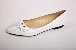 Dámská svatební móda - Mahdall   Lenská Brno 28ede15026